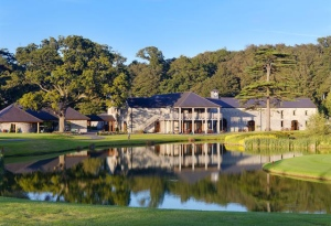 Fota Clubhouse-2