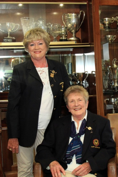 Kathleen O'Keeffe pictured with her mum Maureen O'Reilly at the launch of Muskerry's Bruen Open Week. Maureen was Muskerry Lady Captain in 1995 and Kathleen was Lady Captain in 2003. Picture: Niall O'Shea