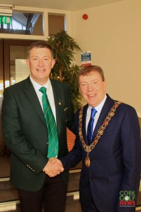 Lee Valley Captain Brian O'Donovan welcomes Lord Mayor Tony Fitzgerald to Lee Valley. Picture: Niall O'Shea